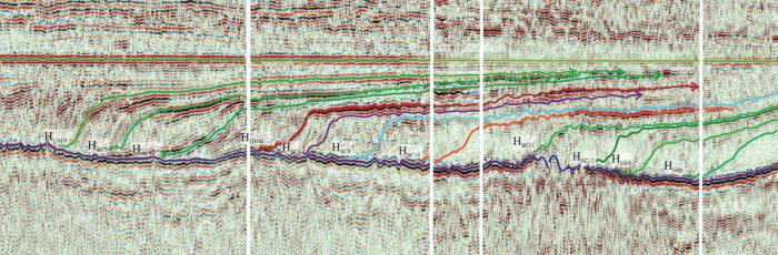Рис. 1. Фрагмент временного палеоразреза по региональному профилю 11